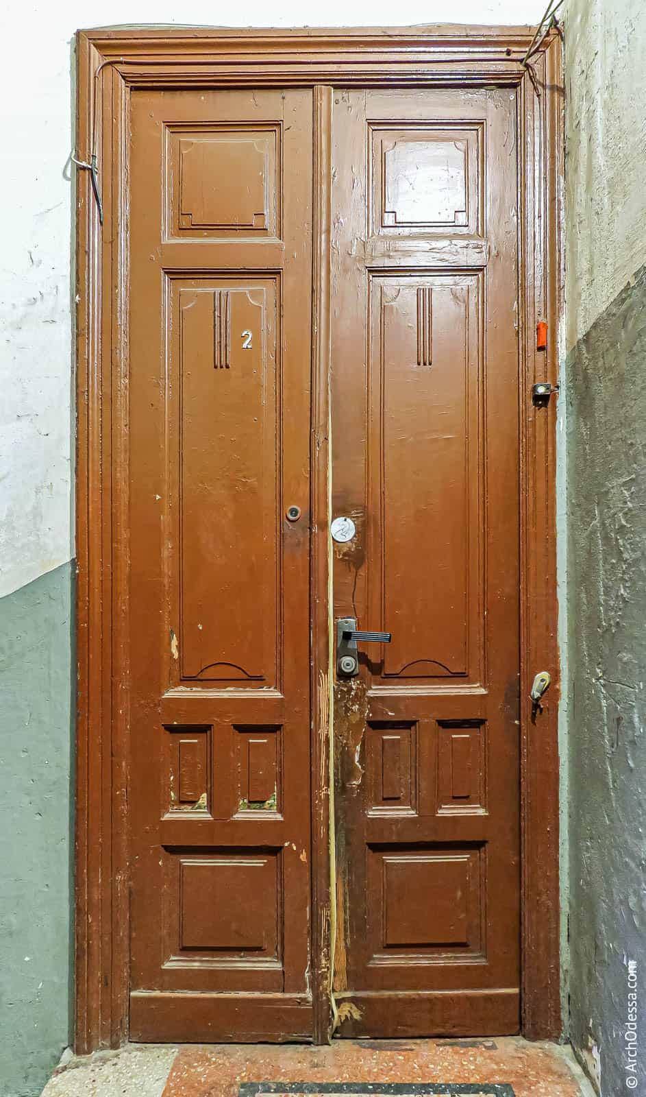 Общий вид одной из дверей