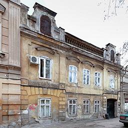 Дом и флигель И. Островского на Базарноой, 21