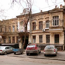 Городской особняк и доходные флигели на Базарной, 6