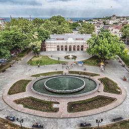 Театральный сад при Одесском национальном академическом театре оперы и балета