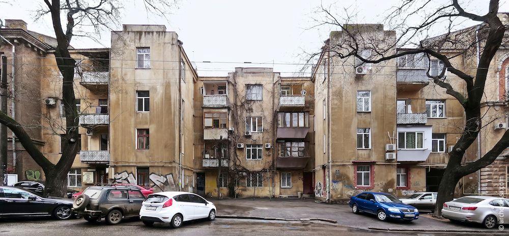 Troitskaya , 22. The Residential building of Soviet merchant fleet. Architecture of Odessa. History of Odessa. Tourism in Odessa. Ukraine