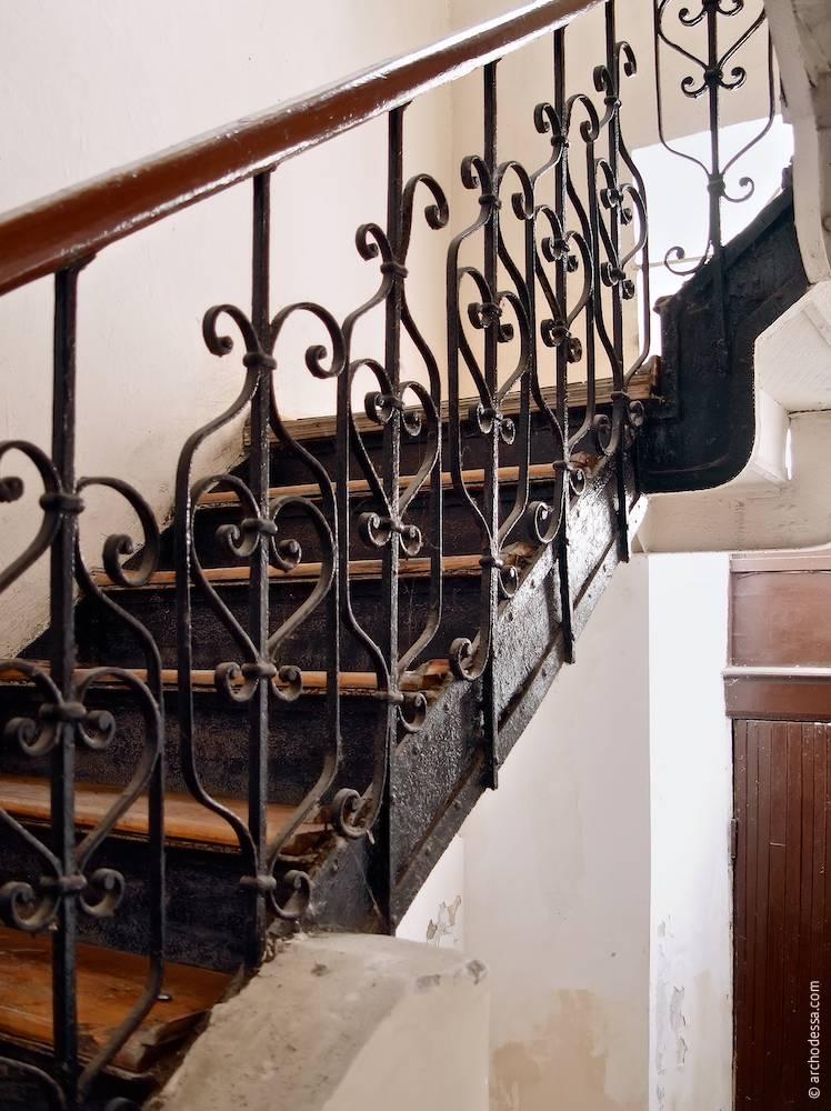 8,Troitskaya. Maison de rapport de N.I. Katskovskaya. L'architecture d'Odessa. Histoire d'Odessa. Tourisme à Odessa. Architecture en Ukraine