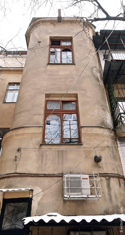 8, Troitskaya. Maison de rapport de N.I. Katskovskaya. L'architecture d'Odessa. Histoire d'Odessa. Tourisme à Odessa. Architecture en Ukraine