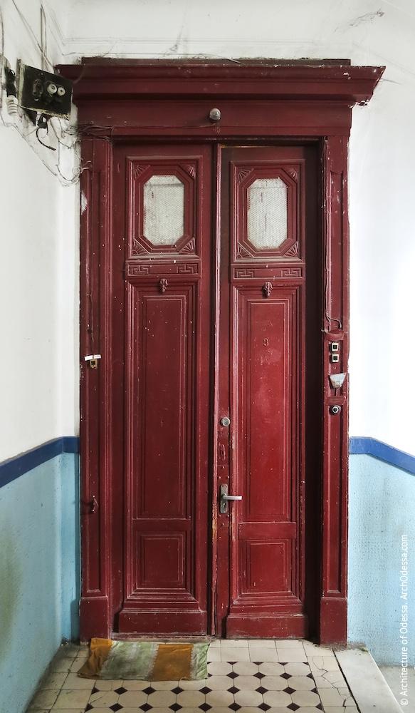 Квартирні двері, стандартний варіант