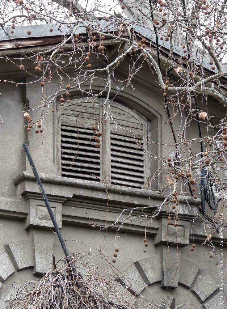 Слуховое окно фронтона