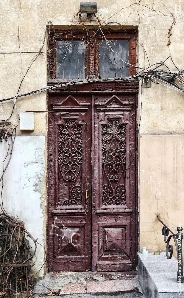 Автентичні двері