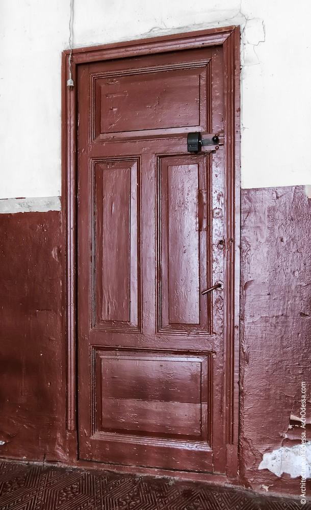 Квартирні двері, одноствірчатий варіант