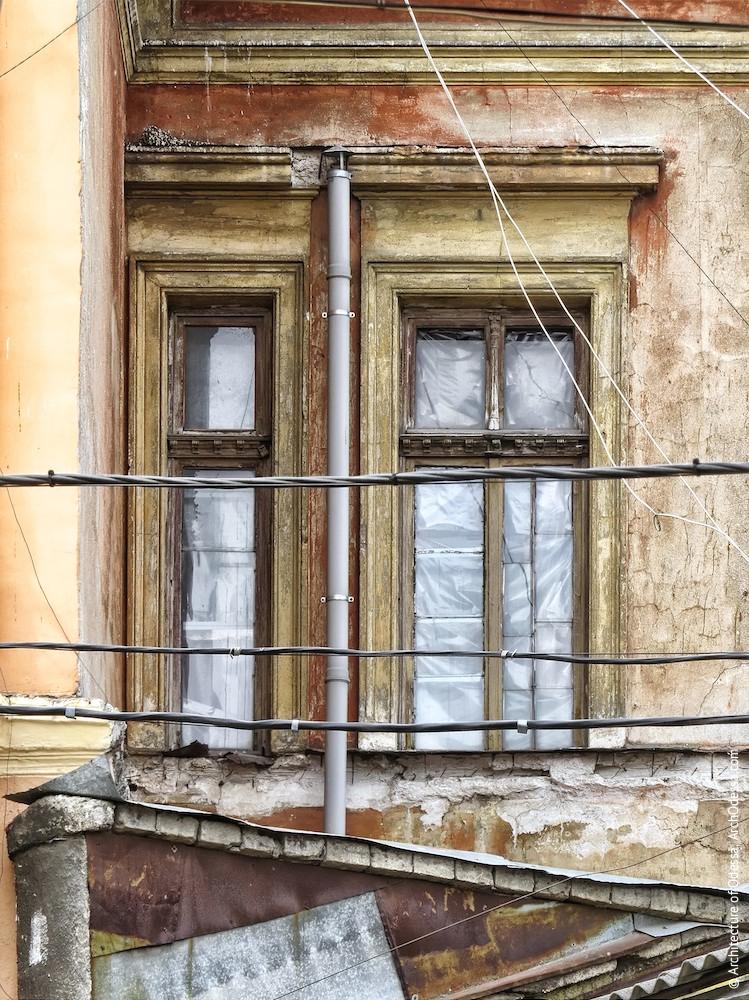 Окна торца, примыкающего к участку по Воронцовскому переулку, 2