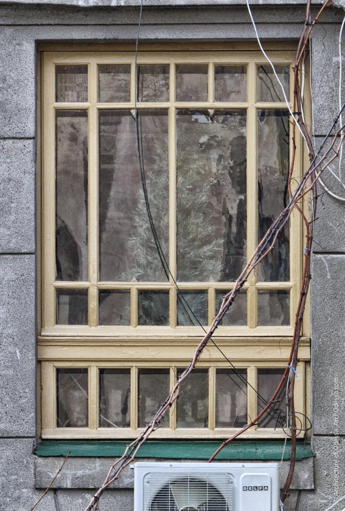 Световое окно вестибюля