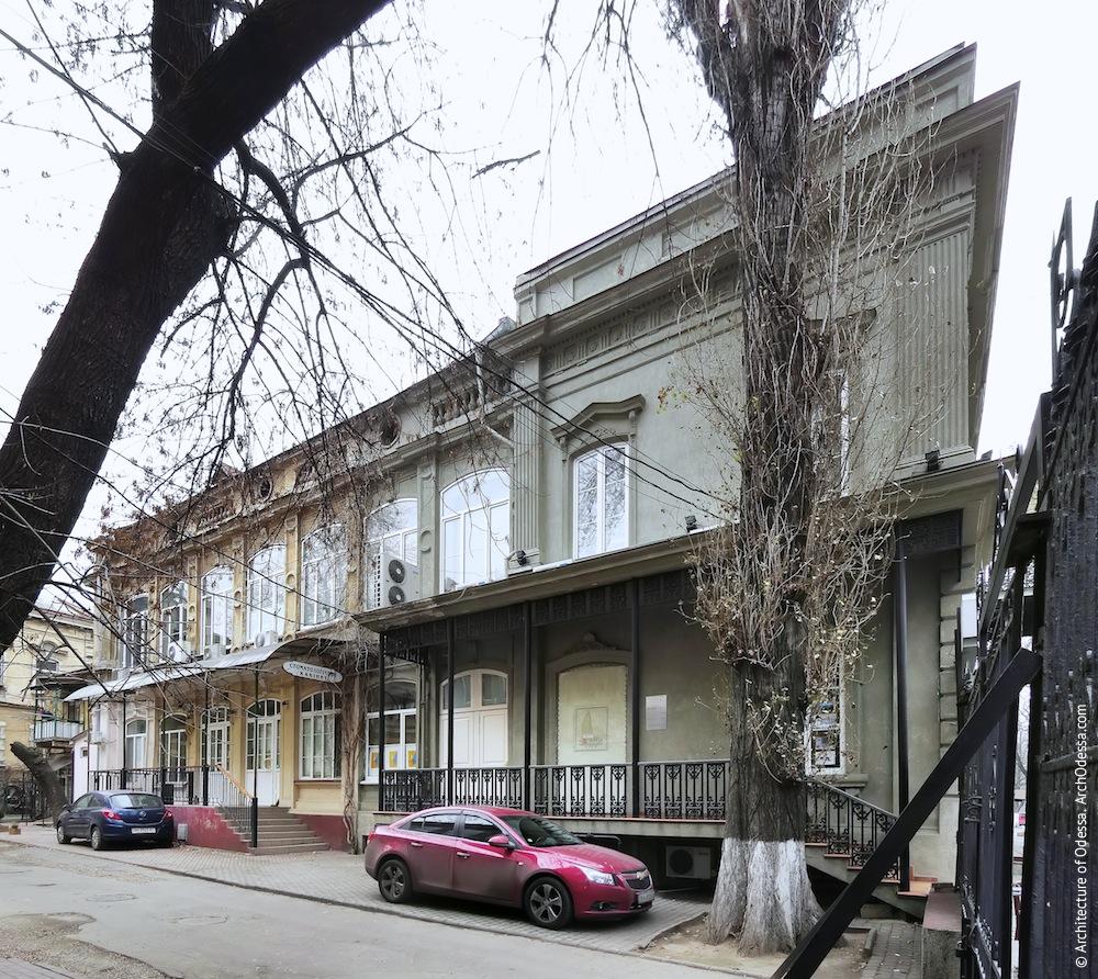 Жуковского, 32. Усадьба Параскева. Вид со двора